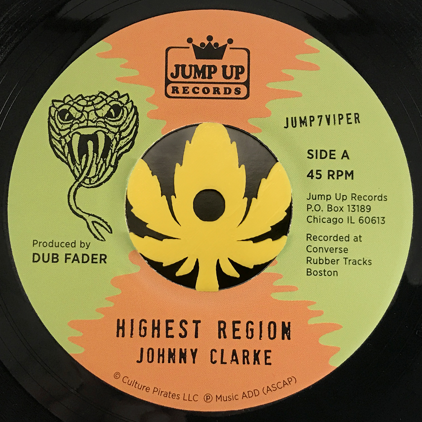Johnny Clarke Meets Flying Vipers 45